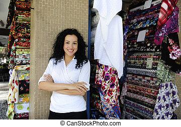 felice, proprietario, di, uno, tessuto, negozio