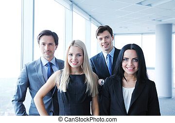 felice, squadra affari