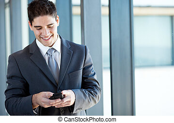 felice, uomo affari, lettura, email