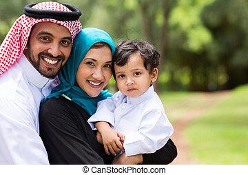 feliz, árabe, familia