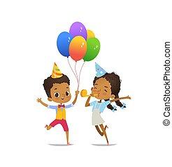 feliz, african - american, niños, con, el, globos, y, sombrero cumpleaños, felizmente, saltar, blanco, fondo., vector, ilustración, para, fiesta de cumpleaños, aviador, sitio web, bandera, cartel, aviador, invitation., isolated.