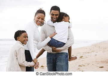 feliz, africano-americano, família quatro, ligado, praia