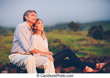 feliz, amando, meio envelheceu, par