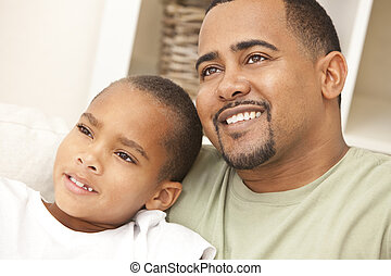 feliz, americano africano, padre e hijo, familia