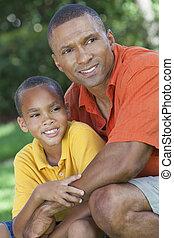 feliz, americano africano, padre e hijo, familia , exterior