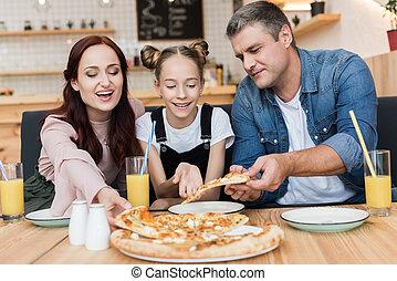 feliz, comer, família, pizza