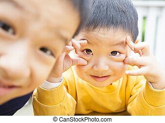 feliz, crianças, asiático, dois