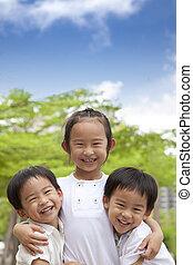 feliz, crianças, asiático, três