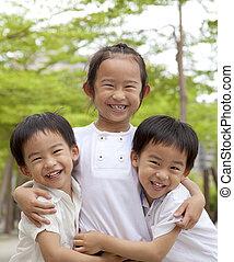 feliz, crianças asian