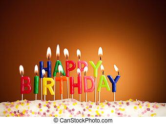 feliz cumpleaños, encendió velas, en, fondo marrón