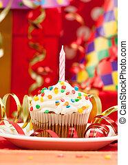 feliz cumpleaños, velas, cupcake