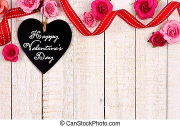 feliz, día de valentines, pizarra, etiqueta, con, cinta, y, flor, frontera, blanco, madera