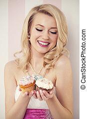 feliz, elegante, mulher, com, muffins