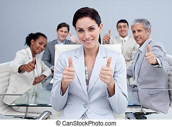 feliz, equipo, arriba, empresa / negocio, pulgares