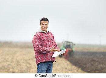 feliz, granjero, en, el, campo