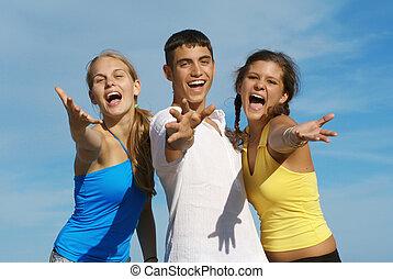 feliz, grupo, de, adolescentes, ou, juventude, cantando