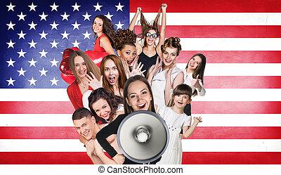 feliz, grupo, de, diverso, estudiantes