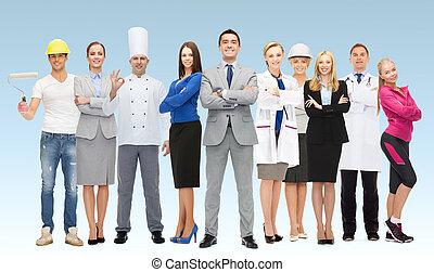 feliz, hombre de negocios, encima, profesional, trabajadores