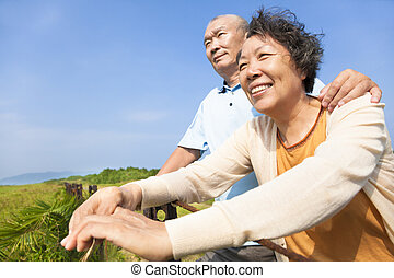 feliz, idoso, seniores, junte parque