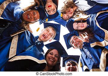 feliz, jovem, diplomados, grupo