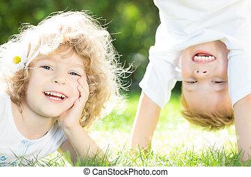 feliz, juego, niños