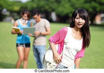 feliz, menina, estudante universitário