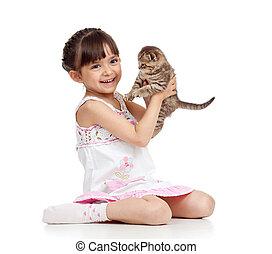 Feliz, menina, gatinho, segurando, criança