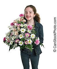 feliz, niña, con, flores