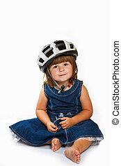 feliz, niña, llevando, casco