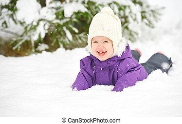 feliz, niño, nena, en, nieve, invierno