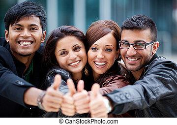 feliz, optimista, grupo, de, jovem, amigos
