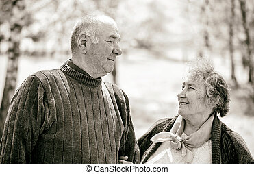feliz, par ancião
