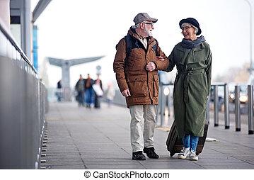feliz, par velho, é, ir, viajar