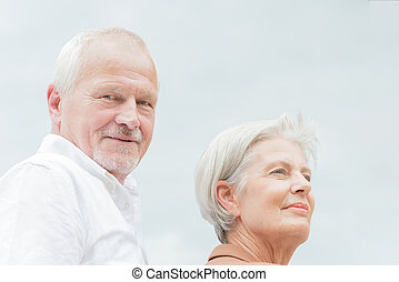 feliz, pareja mayor