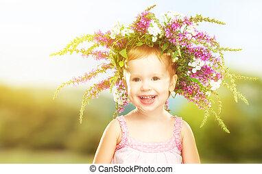 feliz, poco, nena, niño, en, verano, guirnalda