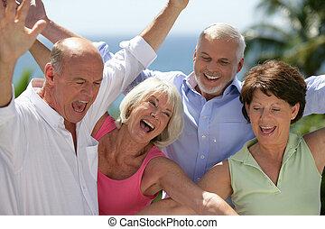 feliz, seniors
