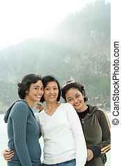 feliz, três, asiático, irmãs