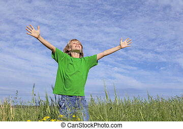 feliz, verão, criança, braços estendido
