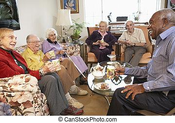 felnőttek, tea, együtt, reggel, idősebb ember, birtoklás