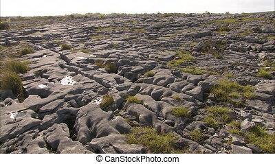 felsig, und, grasbedeckt, gelände, in, irland
