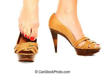 feltétel, cipők