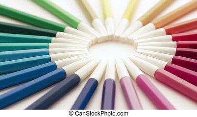 felt-tip pens rotating loop