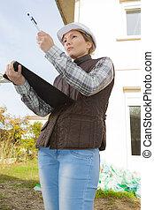 female construction organizer