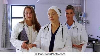 Female doctors standing in the ward 4k
