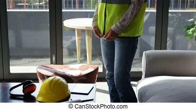 Female engineer wearing uniform 4k - Female engineer wearing...