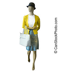 Female mannequin dressed in casual clothes.