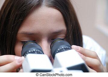 female oculist - oculist