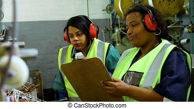 Workers working in rope making industry 4k - Female Workers ...
