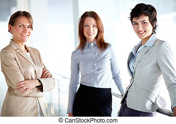 femelles, groupe