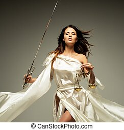 femida, déesse, de, justice, à, balances, et, épée